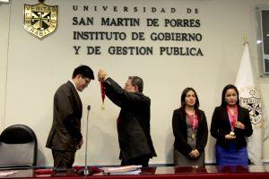 SUSTENTACIÓN DE TRABAJO DE INVESTIGACIÓN, GRADO MAESTRO EN GOBIERNO Y GESTIÓN PÚBLICA ALUMNOS:  MARGOT CHAVEZ ORUE, ELIZABETH COMECA RIVERA, SERGIO RAUL POVES VIDAL 07/08/2019